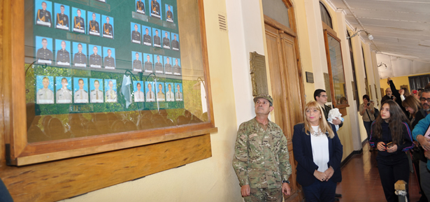 Conformación del Cuadro de Honor del Liceo Militar General Espejo